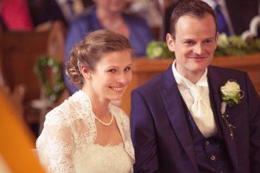 Hochzeitsreportage-Trauung-nervös-aufgeregt-romatik