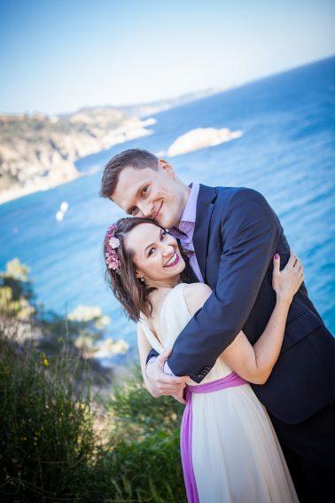 Hochzeitsshooting-Lippen-in seinen Armen