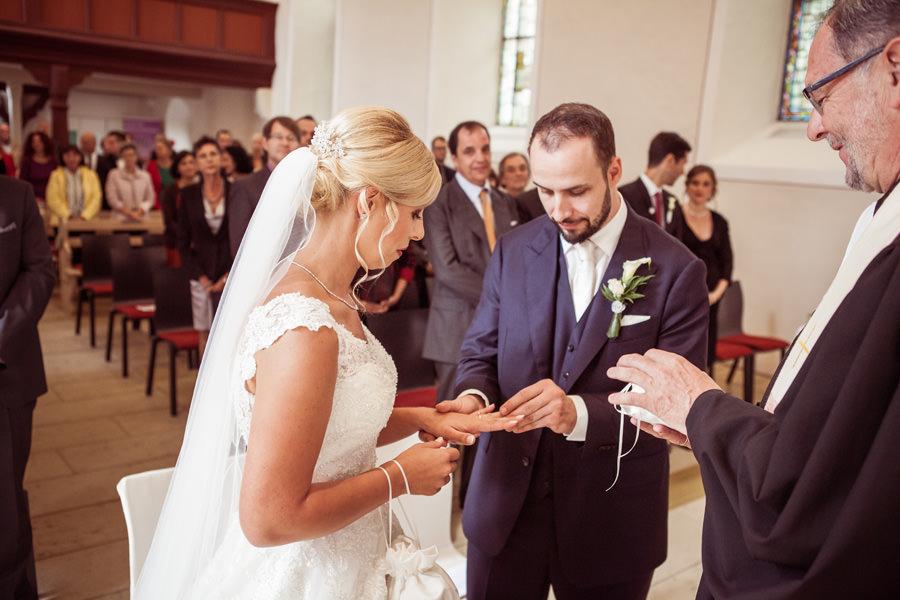 Hochzeit in der Sankt Leonhardskirche in Knittlingen
