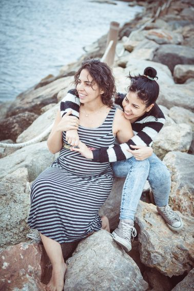 geschwistershooting-schwangerschaft-strand
