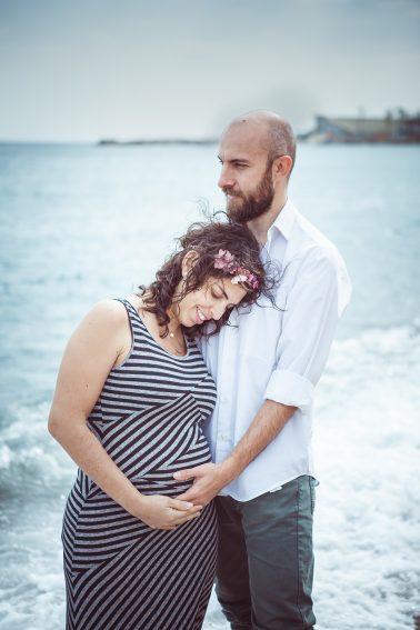 pärchen-schwangerschaft-strand