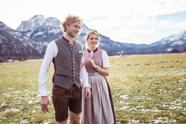 Trachtenhochzeit Brautpaar Füssen