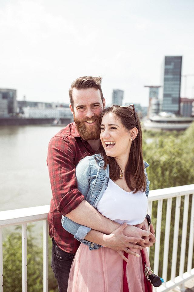 Verlobungsshooting-Medienhafen-Düsseldorf
