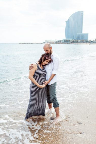 Schwangerschaftsshooting am Strand