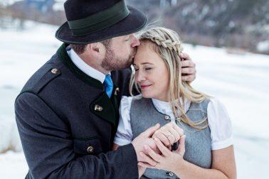 Elopment Hochzeit in den Bergen in Österreich