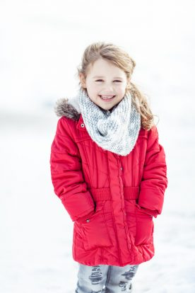 Kinderportrait im Schnee