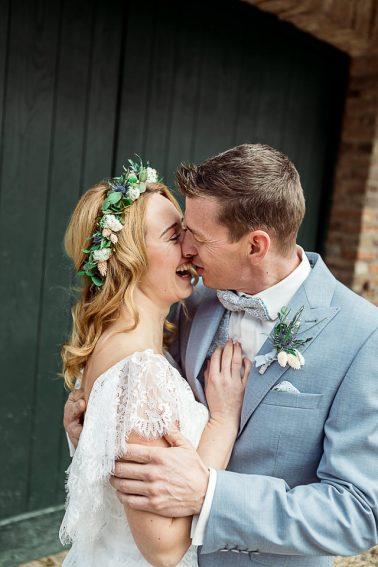 Boho Winter Hochzeit mit Trockenblumen im Mühlenhof Kalkar am Niederrhein