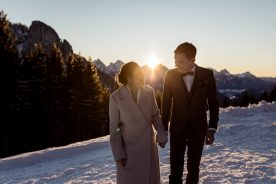 Sonnenuntergang Brautpaar Elopement im Winter Rohrkopfhütte im Allgäu