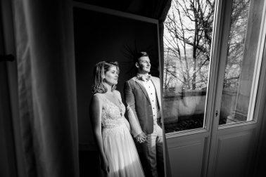 Brautpaar Elegante Winterhochzeit Villa Kalles