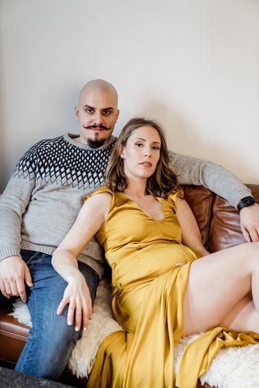 Familien Schwangerschaft Shooting in Düsseldorf Pempelfort Homestory