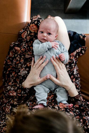 Newborn Babyfotos Familienreportage Fotograf Neuhausen auf den Fildern